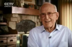 50年素食,102岁退休的心脏外科医生!